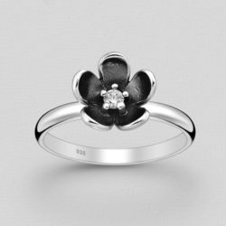 Silver Solitaire Flower Ring