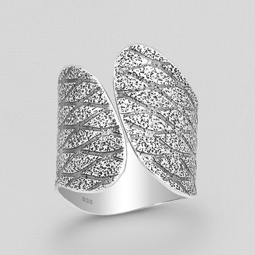 Silver Patterned Oxidized Ring