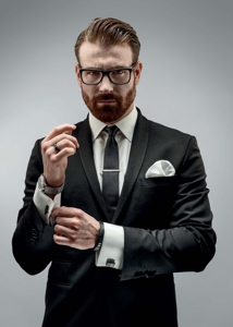 How to buy jewellery for men