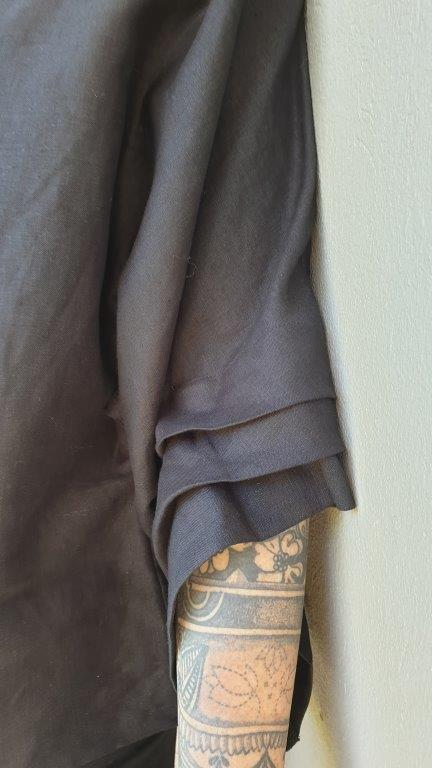 Linen Layered Wing Sleeve Box Top
